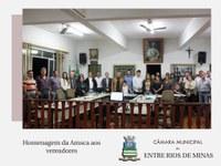 Futuros moradores do residencial Dom Luciano Mendes de Almeida prestam homenagem aos vereadores