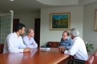 Investimento em habitação e desenvolvimento econômico em discussão