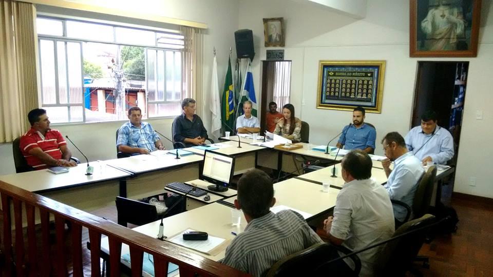 Câmara aprova troca de consórcio de iluminação pública